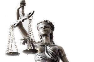 Суд вынес решение о взыскании долга по кредиту: что дальше делать ответчику, расчет и погашение задолженности, нужно ли должнику платить ежемесячно