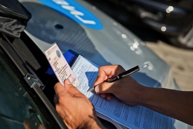 Возврат прав после лишения в Чувашии в 2021 году - порядок, адреса, документы