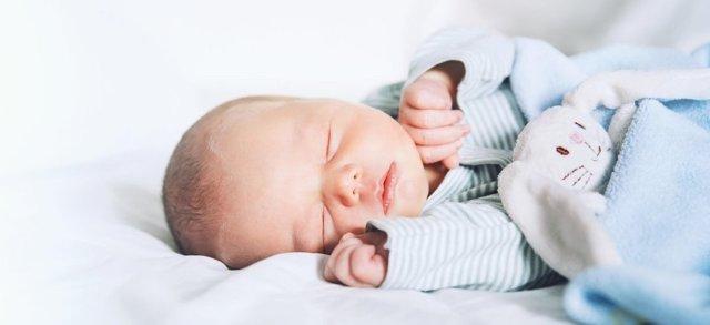 Как оформить прописку новорожденного через МФЦ?